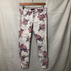 Floral Stretchy Almerican Eagle skinny jeans